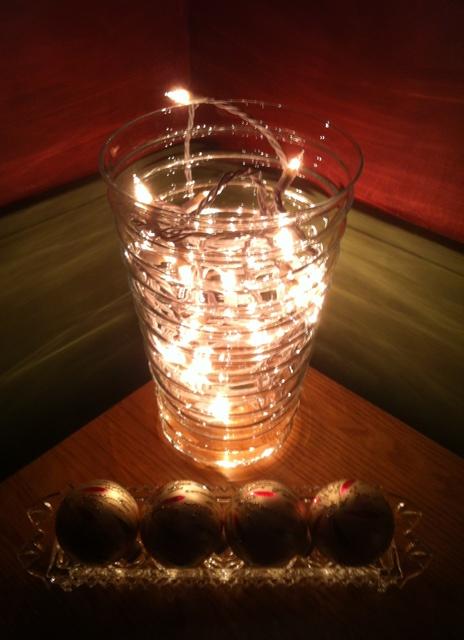 vase_lights_2_elengrey_december_2012