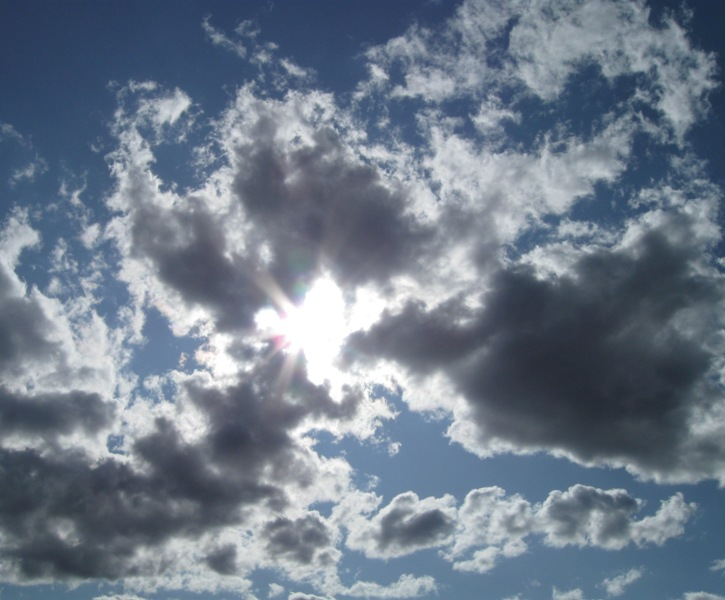 IMG_0134_clouds_elengrey_july_2009