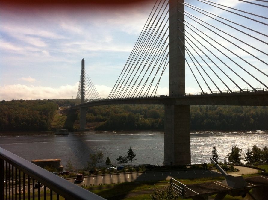 IMG_4754_bridge_over_the_penobscot_river_september_2013 (1280x956)