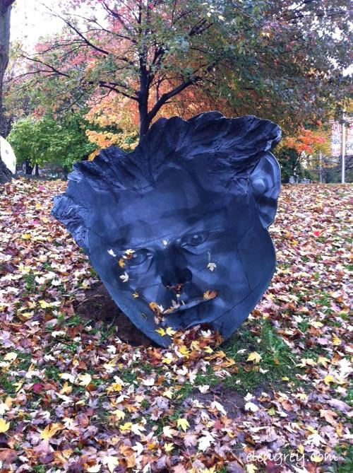 IMG_8578_mask_sculpture_elengrey_october_2014 (956x1280)