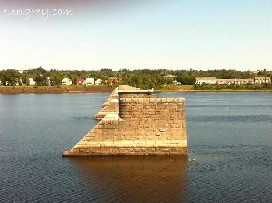 fredericton_new_brunswick_elengrey_september_2012 (1280x956)